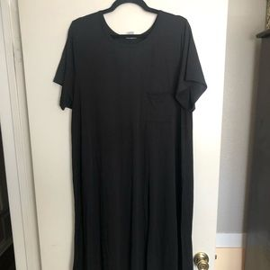 LuLaRoe Carly High/low dress black